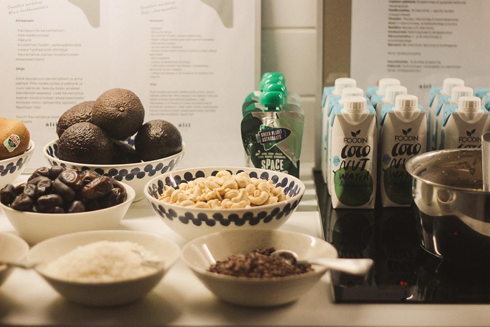 Äitipiirin Hyvinvointiaamun smoothie-workshopissa valmistui 2 smoothieta.