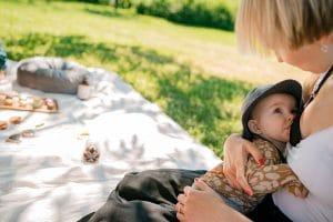 Äiti, rajoitatko itse itseäsi? Lue 3 kohdan lista, miten päästää irti itse rajoittavista uskomuksista.