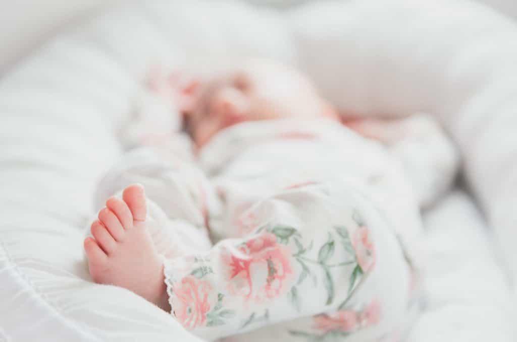 Sleepy auttaa perheitä nukkumaan paremmin vauvavuonna.