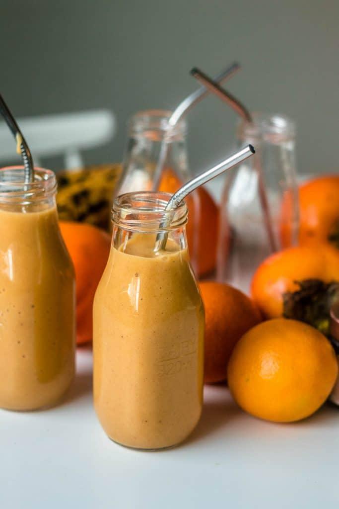 Persimon smoothie on herkullinen syksyn aamu- tai välipala.