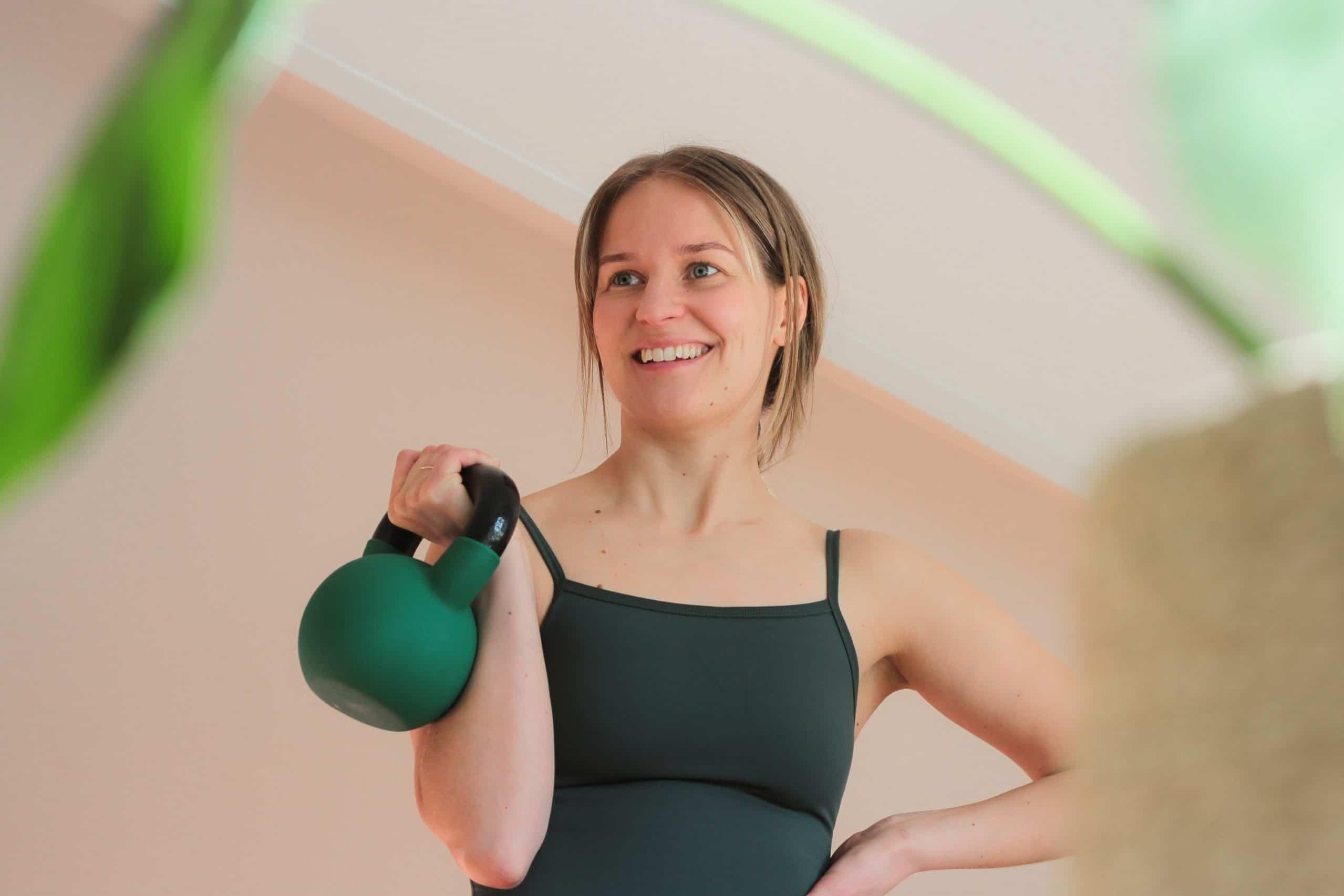 Liikunnan iloa äitiarkeen vinkeistämme ja Weekendbeen urheiluvaatteista.
