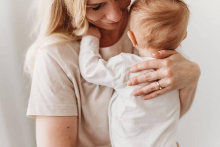 Uutta äideille Suomessa - Äitipiiri kokoaa äidin hyvinvointipalvelut yhdelle alustalle